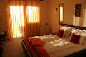 IMG 5924 Doppelzimmer mit Balkon und Seeblick