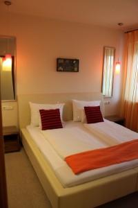 101 Apartment mit 2 Schlafzimmern und Balkon
