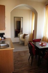 105 Apartment mit 2 Schlafzimmern und Balkon